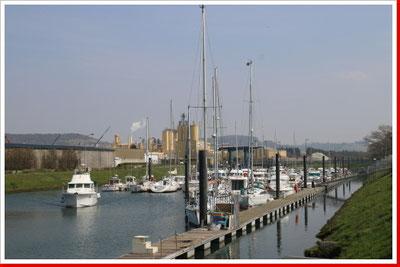 Sportboot-Hafen Treport