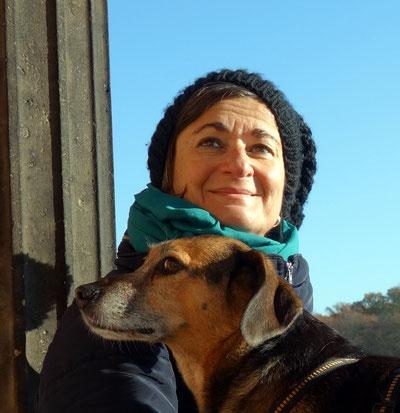 Christa Spannbauer und Ihre Hündin Cora