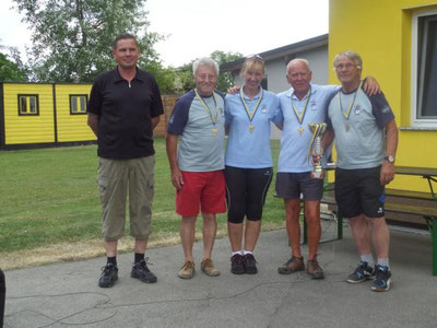 1.Platz SSV Stockfalken Hohenau mit Kadlec Robert, Zdrahal Andrea, Hochmeister Karl und Mokesch Ewald