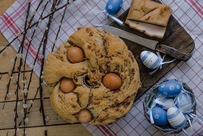 Italian Savoury bread usually eaten at easter