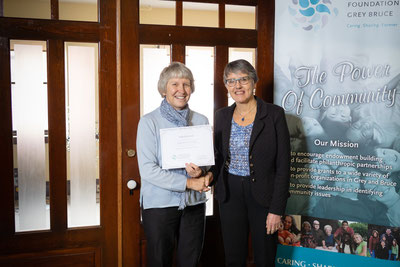 Education Outreach Chair and SweetWater Board Director Jackie Mersich receives a certificate recognizing the support of Community Foundation Grey Bruce in early November.