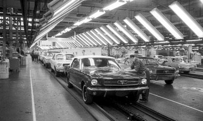 1964: Die ersten Mustangs laufen vom Band (Bild Ford)