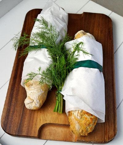 Dill-Baguette mit buttrig-kräuterigem Geschmack