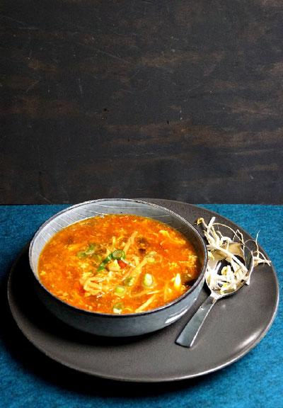 asiatische Suppe mit sooo viel Gemüse und Huhn