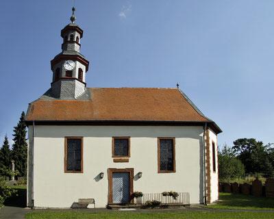 Evangelische Kirche in Wallernhausen. Foto: Erich Engel