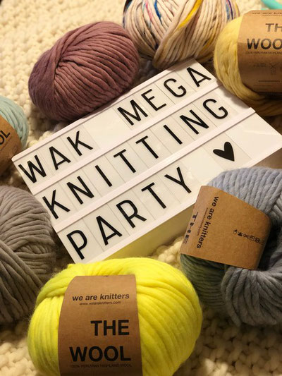 Zweite WAK Mega Knitting Party Düsseldorf