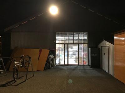 Pro Shop YRS(新店舗・外観)
