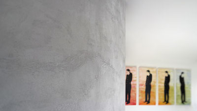 Wandbelag in Handarbeit - Steinstrukturen mit natürlichem Kalkspachtel Grau
