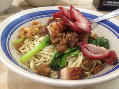 Tasty noodles with pork meat at Bakmi a Boen (Photo by Gabriele Ferrando)