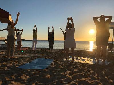 Ausbildung Releasing-Therapeut am Strand von Rhodos
