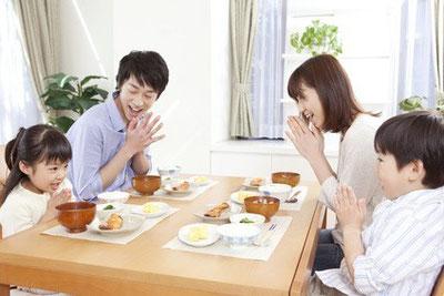 地震防災用、耐震シェルター型ダイニングテーブル「家族愛」防災グッズ