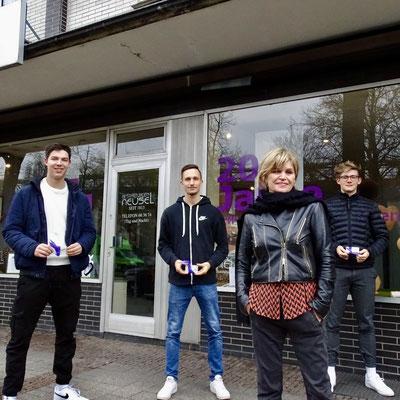 v.l.n.r.: Pascal Görlich, Tom Ediger, Barbara Neusel-Munkenbeck, Tim Haufe