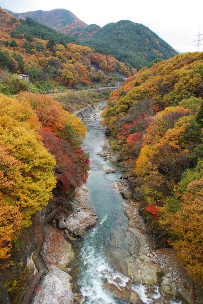 水上渓谷の紅葉