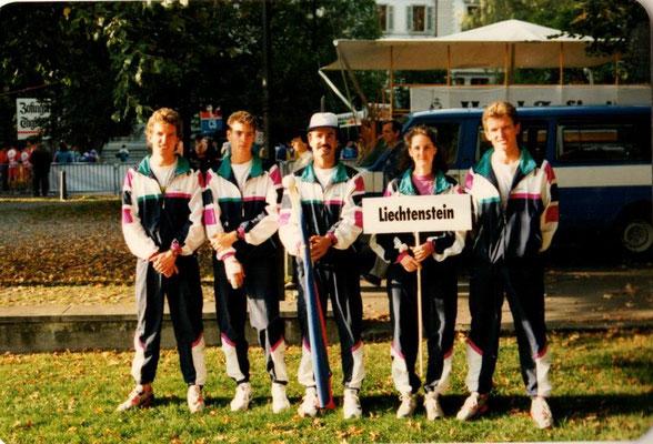1. EM Duathlon Zofingen 30.9.1990 Team Liechtenstein (vlnr Philip Schädler, Adrian Riesen, Adle Frick, Katrin Brunhart, Michael Schädler)