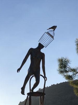 """George sculpteur- """"Equi-libre"""" bronze-sculpture monumentale, 5m- Galerie d'art, Biot, côte d'Azur. France"""