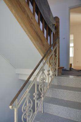 das alte Treppenhaus kurz vor Abschluss der Sanierung