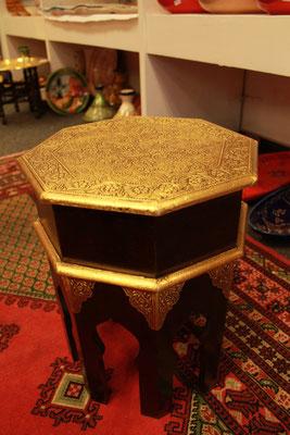 Ägyptischer vergoldeter Beistelltisch - CASAORIENT Stuttgart