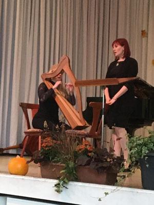 Regina Vollmer (Harfe) Kerstin Lautenschläger (Gesang) - Greens leaves - Sally Garden