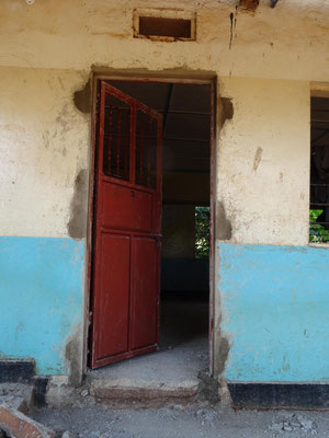 The classrooms doors are substituted by more durable metal doors.