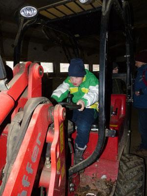Probesitzen im Traktor