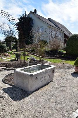 30.03.2021 - Trinkwasser Brunnen in Oetlishausen angeschlossen - Water connected to drinking trough in Oetlishausen