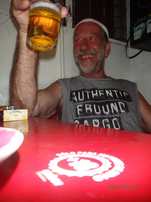 ...Prost Günter von Ensenada bis in die Karibic an Bord der Delphin