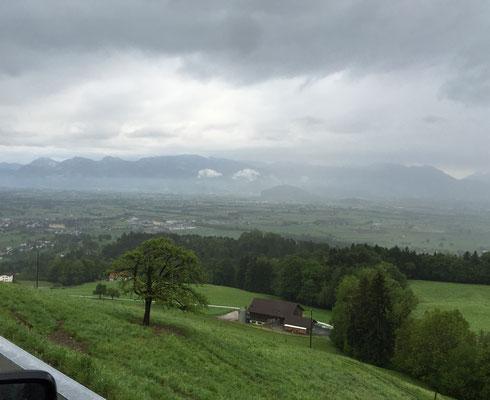 von der Schweiz...