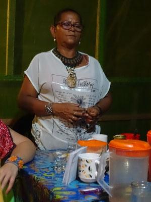 Dona Marlene im Camp Charapamama