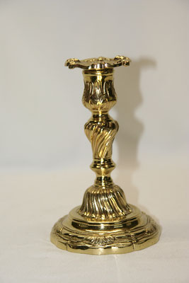 1 bougeoir Louis XV-bronze ciselé-150€