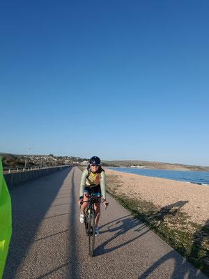 Kurzes Abchecken der Laufstrecke mit dem Rad