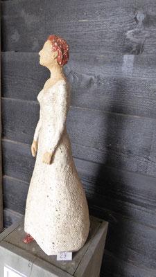 Elizabeth, hoogte 62 cm, witte chamotteklei 0-2 mm, glazuurbrand 1070`C