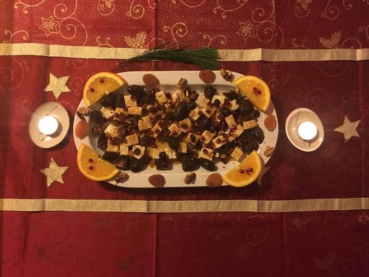 Weihnachtliche griechische Meze-Platte