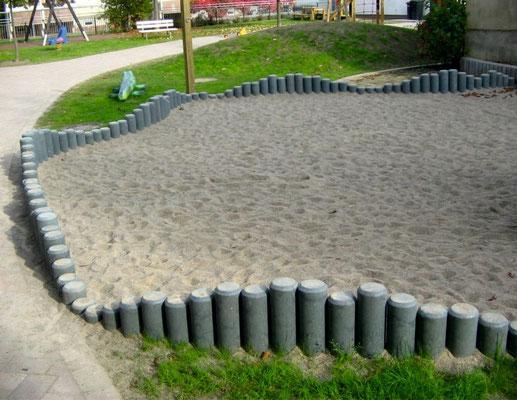 Rundpalisaden für Sandkasten aus Recycling Kunststoff