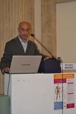 Dr. Salvatore Mauro, Genetica Medica, Ospedale 'Vito Fazzi' di Lecce. Ruolo della Genetica nell'insorgenza della Miastenia Gravis.
