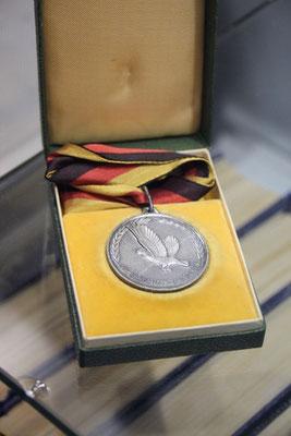 Medaillen, Zeitschriften und viel Zubehör aus DDR-Zeiten war zu sehen