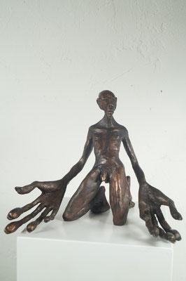 """""""Kapitulist"""" Bronze  Edition 24+ 2EA 36x10x9cm"""