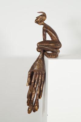 """Kantenhocker""Edition  9 +2 EA  Bronze54x25x23cm"