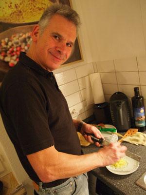 in der Küche hat jeder etwas zu tun