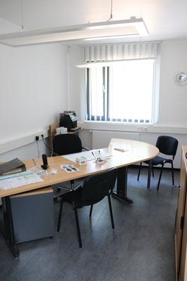 Das neue Bürozimmer für den Vereinsvorstand mit anliegendem Archivraum.
