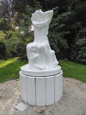 Bild: Skulptur: Frauenschicksal
