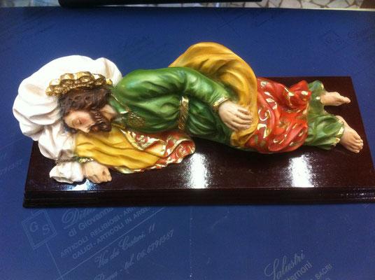 8g- San Giuseppe dormiente di Papa Francesco Scultura di Santini con base in legno