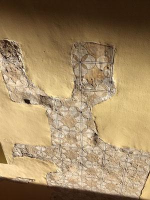 Tolle Hausmauern in Sevilla ...