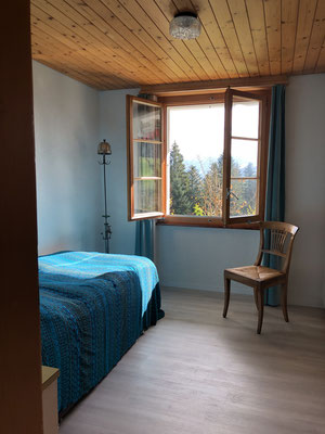 Einzelzimmer mit Ausziehbett