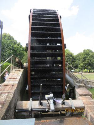 das Schwalheimer Wasserrad