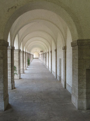 Säulenumgang um den Bad Nauheimer Sprudelhof