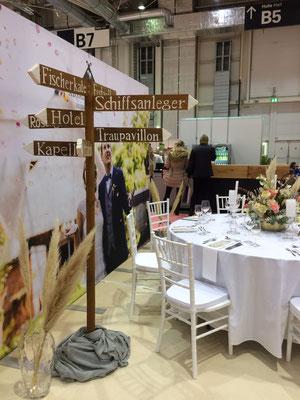 Messebesuch von Fräulein GLYCK auf den Hamburger Hochzeitstagen