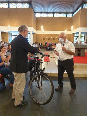 Ein Geschenk: Neue Fahrradtaschen