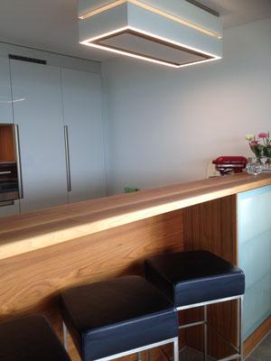 Küche mit integrierter Bar, Geuensee