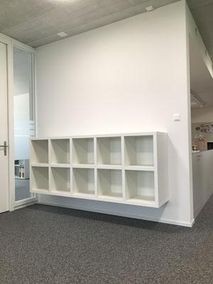 Bücherregal, Geschäftshaus Rothenburg