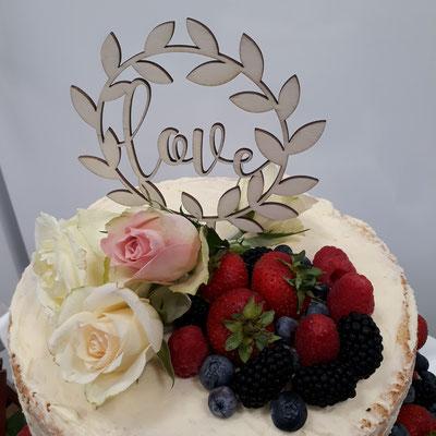 © Brot und Spiele Veranstaltungsloft Postbauer-Heng Torte Naked Cake